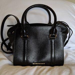 Burberry leather purse